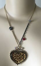 BETSEY JOHNSON Gold Tone Crowned Leopard Heart Necklace B07936-N03