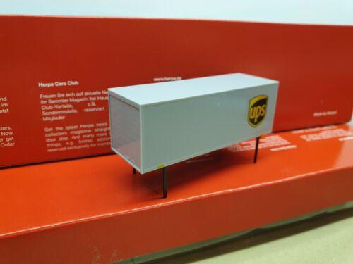 UPS United Parcel Service  BDF 7,45m Heck= Rolltor herpa aus 308045