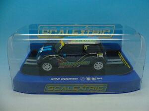 Scalextric C3428 Mini Cooper Main Signée Par Adrian Norman Sur La Boîte