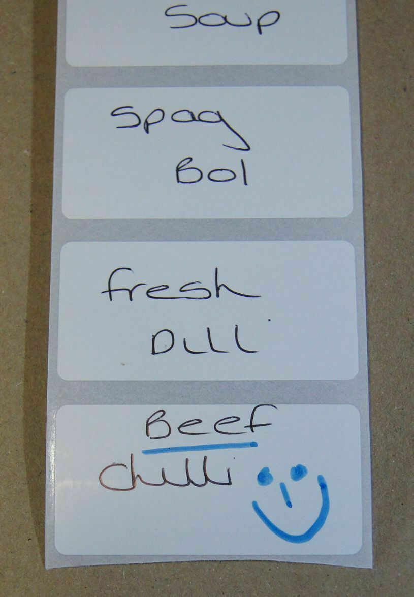 NEW WHITE 50mm x 25mm POLYPROPYLENE FREEZER ADHESIVE, WRITE ON FOOD DATE LABELS