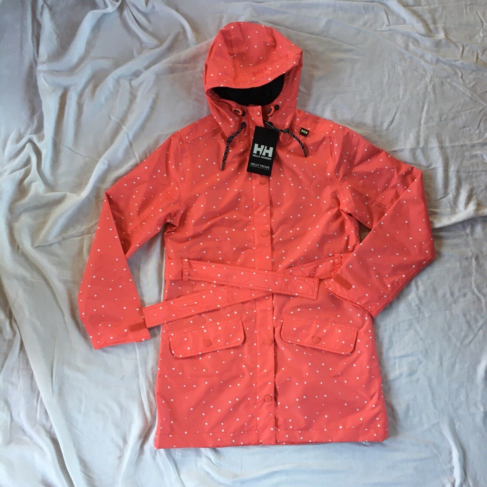 Helly Hansen women's Lyness coat NWT  medium coral and white polka dot