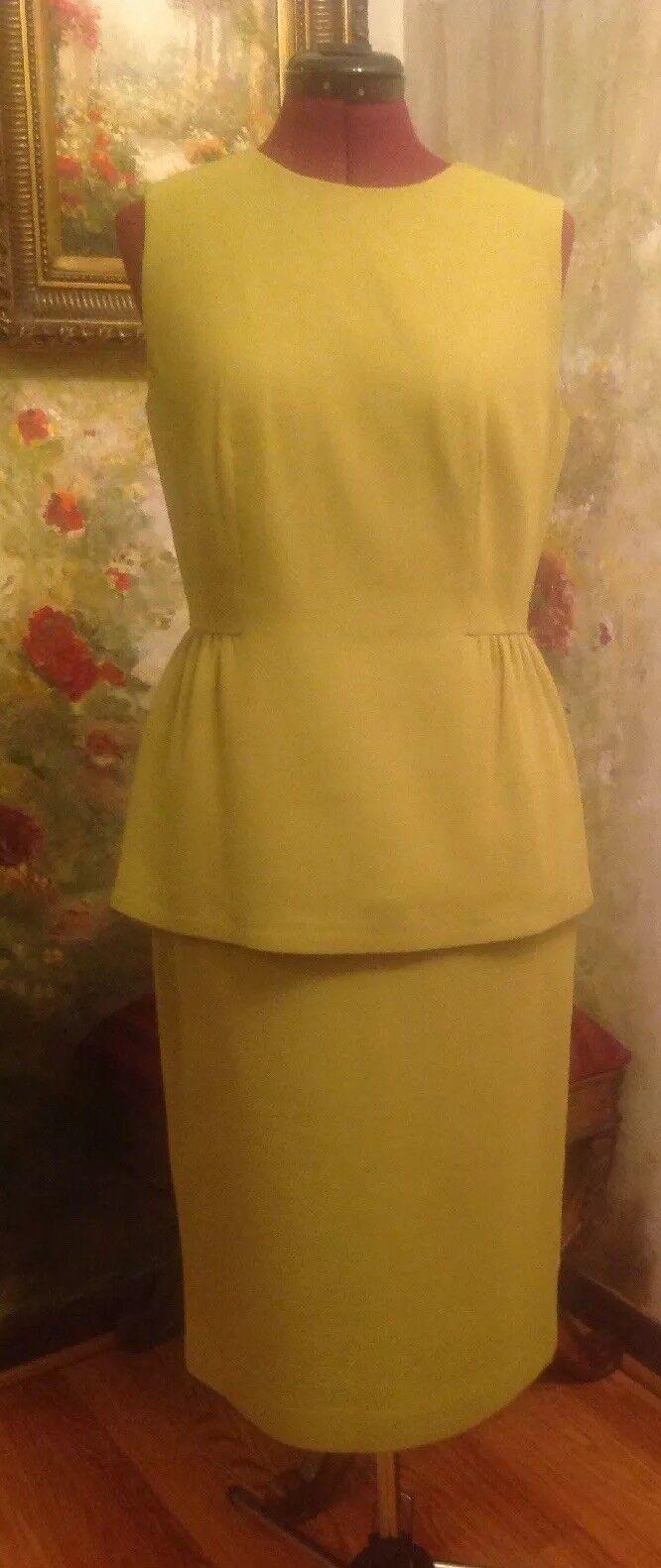 Lafayette 148 100% Wool Skirt Suite. Size 6