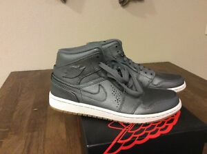 the best attitude 5bf9f eaf11 Image is loading Brand-New-Air-Jordan-1-Mid-034-Nouveau-