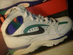 best sneakers ded93 f0e3a Chargement de limage MISFIT-Vintage-1992-New-NIKE-AIR-TRAINER-ACCEL-