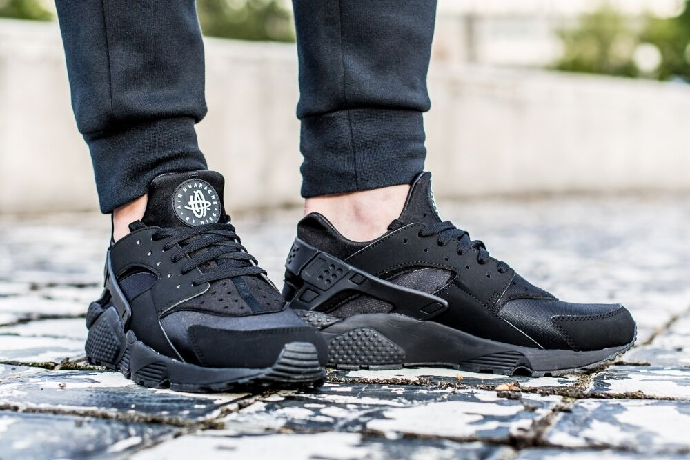 Nike Air Huarache  Triple Black   318429-003 12.5, 13US