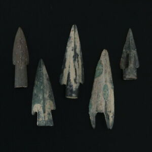 Ancient-Weaponry-Arrowheads-Triblade-Pyramid-Trilobate-Patinaed-Lot-of-5
