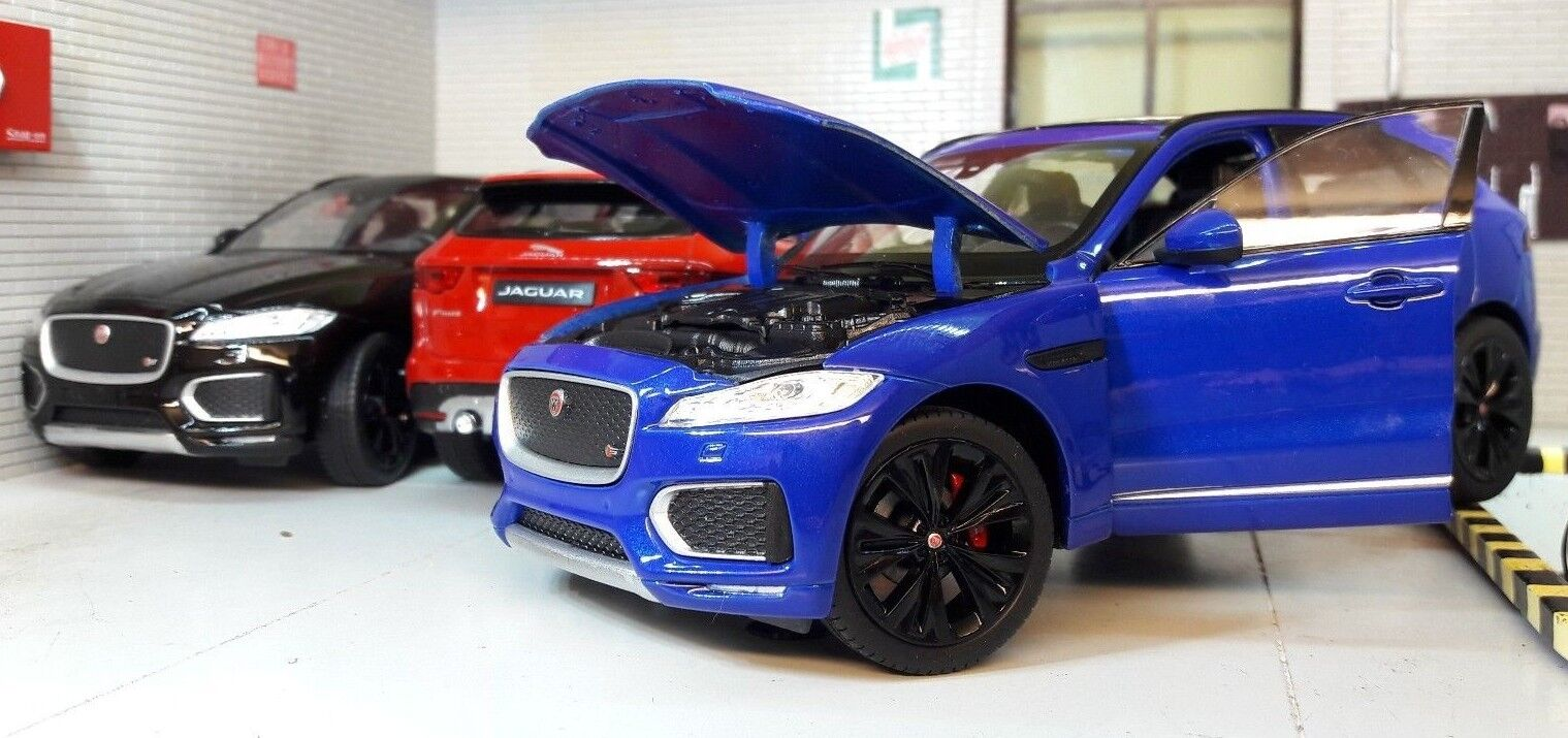 Jaguar F Pace 4x4 V6 Welly 1 24 Scale Diecast Detailed Engine Model 2016 R Sport