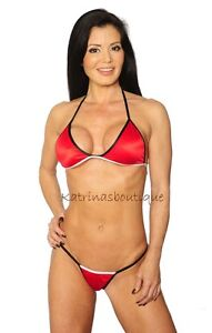 Stripping sexy bikini