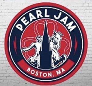 Pearl-Jam-Boston-Paul-Revere-Clover-Sticker-2018-Fenway-Park-Official