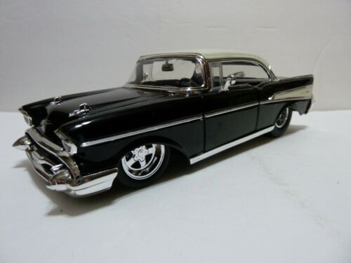 1957 Chevy Bel Air Die-cast Car 1:24 Jada Big Time Muscle 2 Color choices