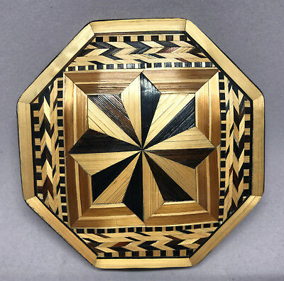 Bamboo Wood Inlay Powder Compact Octagon Sifter c1940s Design Intricate Unused