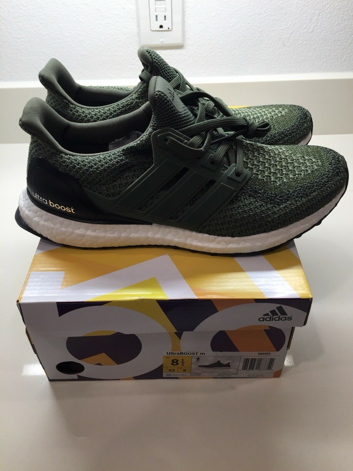 ADIDAS Ultra Boost 2.0 Olive Green Men's Size 8.5 BB6055