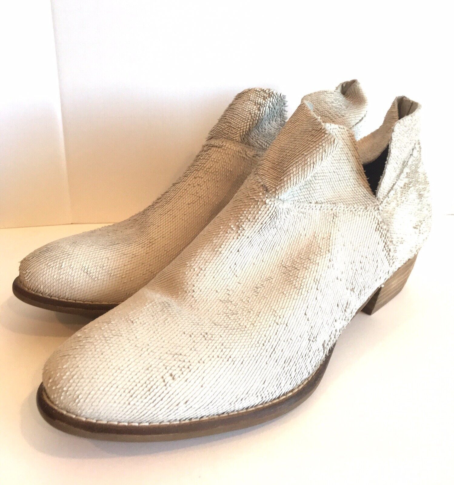 Seychelles Snare Ankle Booties Off -White EUC Size 10