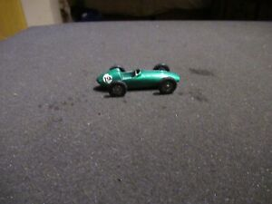 Matchbox-19-vintage-Aston-Martin-Racing-Car-60ies-Top