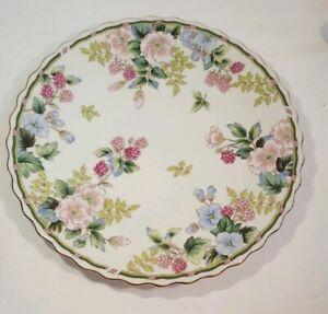 Andrea-Sadek-Dinner-Plate-10-3-8-034-Gold-Trim-New