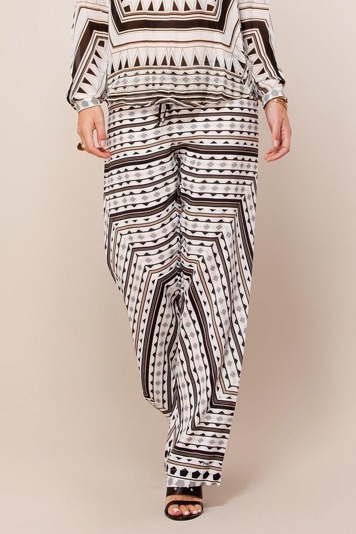 Hale Bob White Jersey Pants   Geo Print Wide Leg XS 5SDN8317