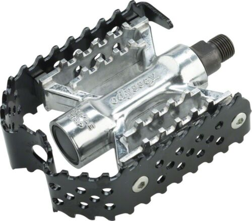 Odyssey Triple Trap Pedals 1//2 Black