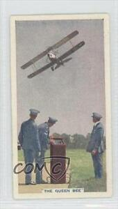 1936-Tobacco-Base-7-The-Queen-Bee-First-Robot-Aeroplane-Non-Sports-Card-0a1