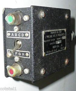 Boitier-de-commutation-cockpit-entre-2-transceiver-WWII-SCR522