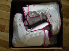 WOMENS MILLENNIUM THREE VENUS SNOWBOARD BOOTS, NEW, U.S. SIZE 8 NEW IN BOX