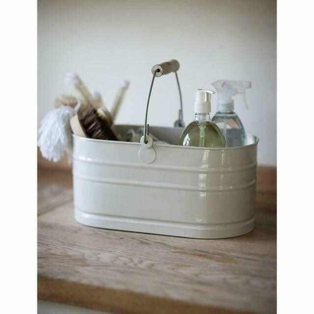 Cream coloured kitchen enamel washing up sink tidy