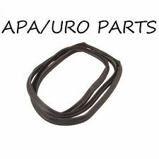 For Mercedes W126 420SEL 560SEL Lower Radiator Hose APA//URO Parts 1265014682