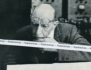Igor Strawinsky - Komponist und Dirigent - um 1950  -  M 12-7