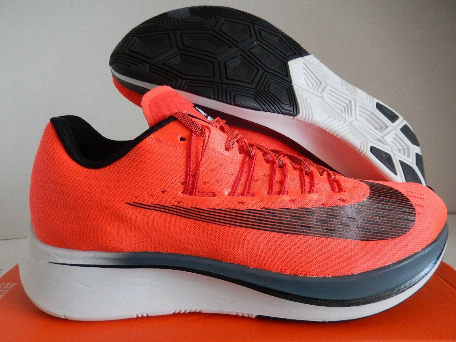 NIKE ZOOM FLY BRIGHT CRIMSON RED-BLACK-BLUE FOX SZ 11.5 [880848-614]