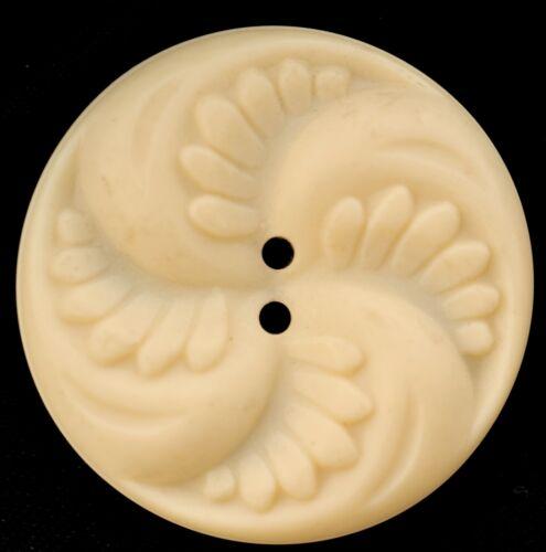 "W155//   8 VINTAGE CREAM PLASTIC PINWHEEL BUTTONS SEW THRU 1+/"" QUANTITY DISCOUNT"
