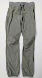 Ivivva-by-Lululemon-Gray-Fuzzy-Warm-Fleece-Lined-Sweatpants-girls-Sz-14
