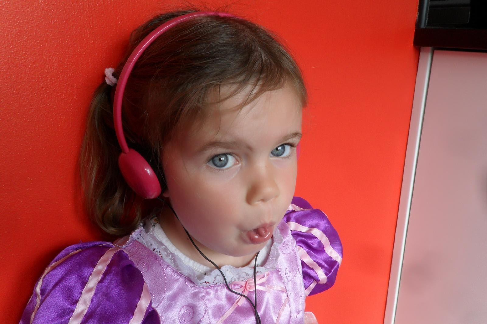 Small Pink Childrens Padded Headphones for Girls NEW