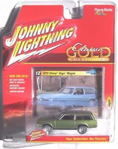 JOHNNY-LIGHTNING-2016-CLASSIC-GOLD-1972-CHEVY-VEGA-WAGON-12-B-LIMITED-EDITION