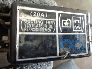 cooling fan fuse box 1 3 4 0 cyl honda civic hybrid 03 04 05 ebay rh ebay com
