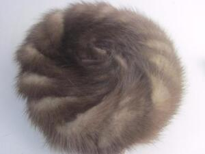 Vintage-Brown-Mink-Pillbox-Hat-1966-Patent-Tag-NWT-Swirl-Design-Tortoise-Combs