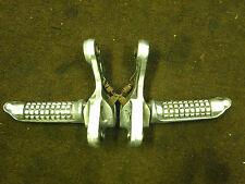 SUZUKI GSX400 GSX 400 F GK74A 1989 FRONT HANGERS & PEGS BRACKETS FOOTPEGS