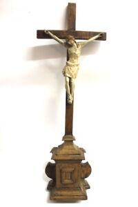 Kruzifix-Holz-um-1800