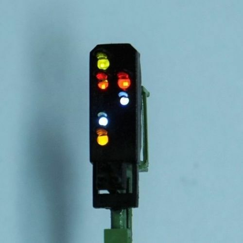 Fertigmodell Licht-Ausfahrsignal 6 LED , Viessmann 4413 A