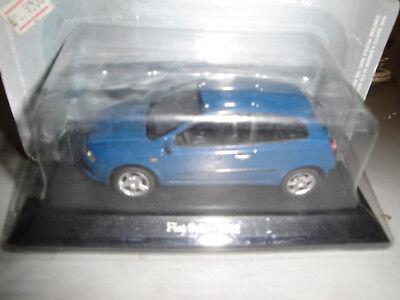 Die cast 1//43 Modellino Auto Fiat Grande Punto 2005