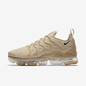 28874b0480c09 NIKE AIR VAPORMAX PLUS AT5681-200 STRING DESERT GUM LIGHT BROWN ...