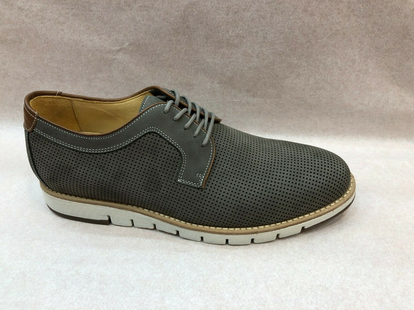Johnston & Murphy Collection Men's shoes Martell Perfed Plain Toe In Lt Grey