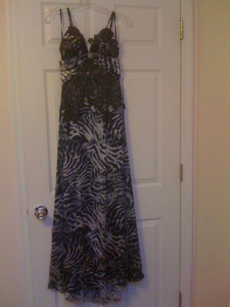 Women's Evening Prom Dress Long Gown Dark Grey Animal Print Celo Moda Size Small
