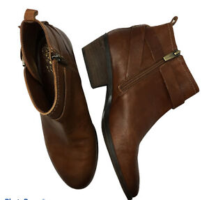 Vince-Camuto-Booties-VP-Beamer-Brown-Leather-Zip-Ankle-Boots-Women-039-s-Size-7-5