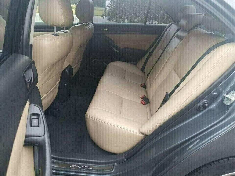 Toyota Avensis 1,8 VVT-i Sol Benzin modelår 2005 km 166000