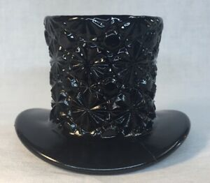 Boyd-Art-Glass-Nightwatch-Black-Daisy-And-Button-Hat