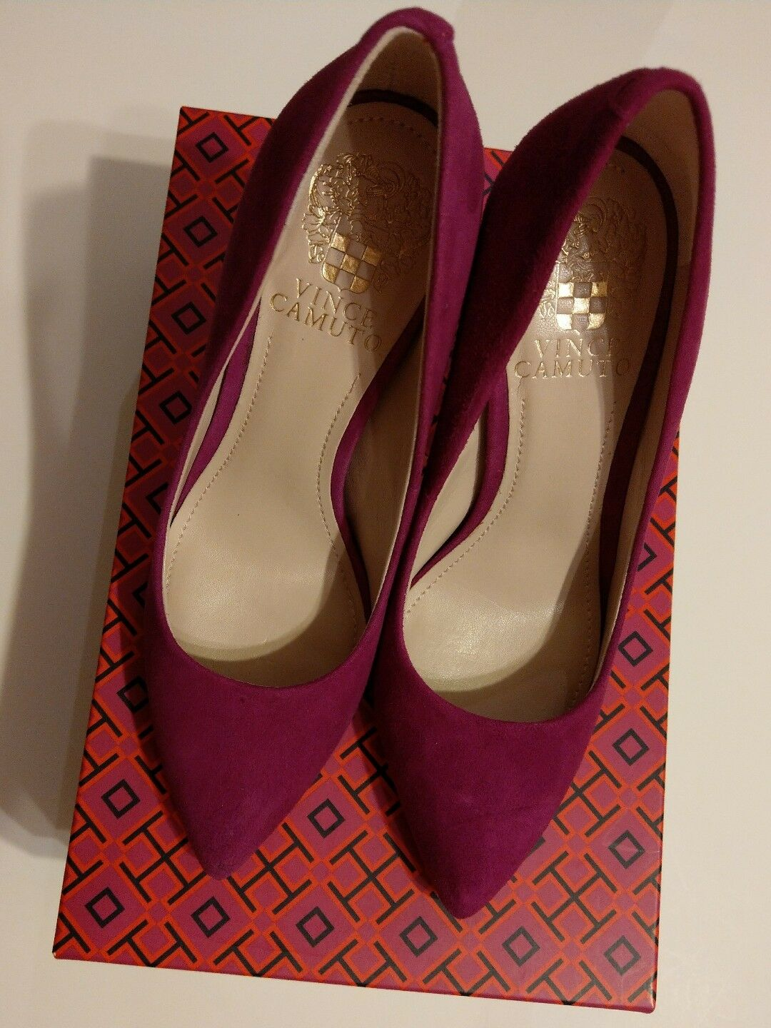 Vince Camuto Suede Pointy Pump Größe 35.5 /5.5 perfect condition