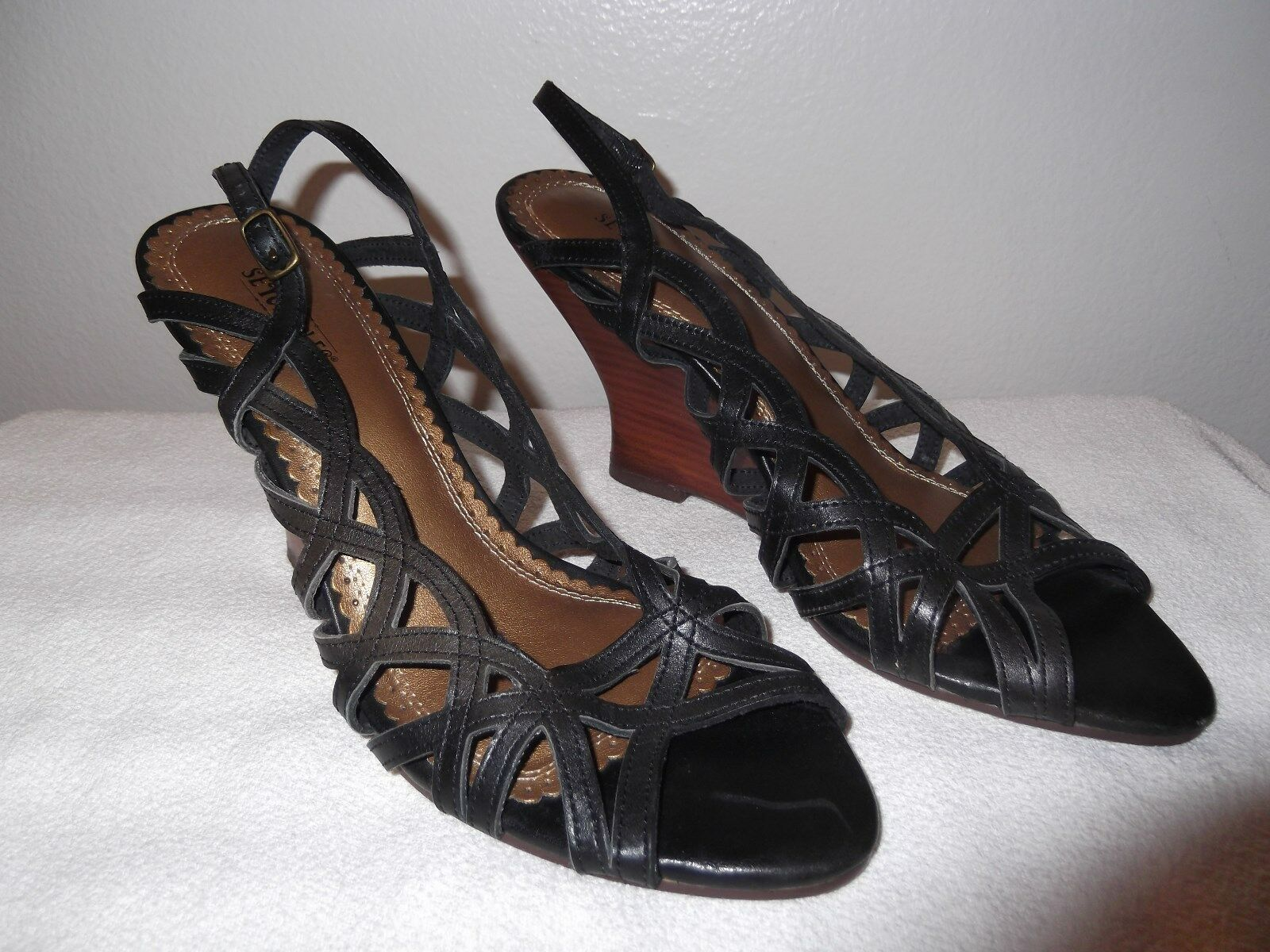 Seychelles Leather Wedges size 9