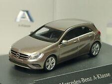 Herpa Mercedes A-Klasse, monolithgrau met. - dealer modell 120 - 1/87
