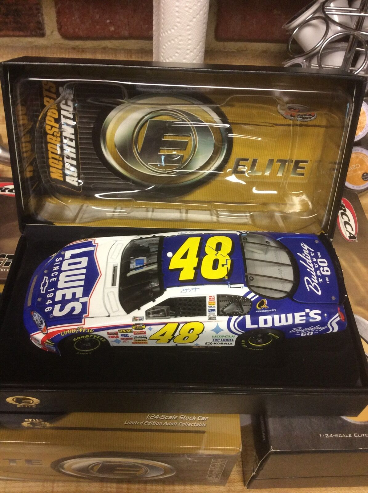 Jimmie Johnson 2006 Lowes 60th Elite
