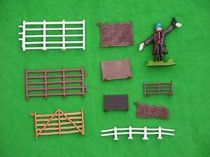 BRITAINS FARM, FARMYARD FENCING MULTI-LISTING