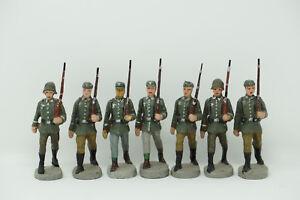 Elastolin-Soldaten-7-Stueck